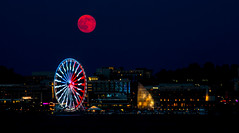 Supermoon (vpickering) Tags: moon night dc nighttime ferriswheel ferriswheels nationalharbor supermoon