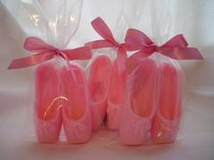 Sabonetinhos Perfumados (Cheirinhos, Baby Vilyn) Tags: soap batizado aniversário nascimento maternidade padrinhos chádebebê sabonetes lembrancinhas madrinhas lembrancinhasmaternidade lembrancinhasdebatizado