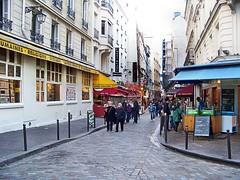 Paris - Saint-Michel, Rue de la Huchette (j.m.camara) Tags: paris europa ciudad vida rincones urbana turismo francia calles