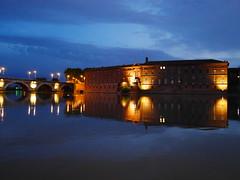Toulouse (Beyondzewords) Tags: night toulouse garonne daurade puddlegram