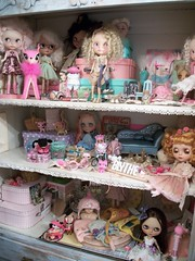 Dolly Shelf Sunday~