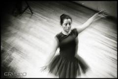 Afectos Humanos. (Cristoo) Tags: blancoynegro danza reconstruccin coreografa baliarina apropiacin reinterpretacin escenificacin enescenaauditorioblasgalindocenartmxicoculturablancoenlasrocas dorehoyer afectoshumanos