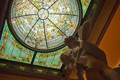 Statue and Dome (london.paul82) Tags: travel chicago statue pentax stainedglass dome historichome kx chicagoil glassdome driehausmuseum therichardhdriehausmuseum