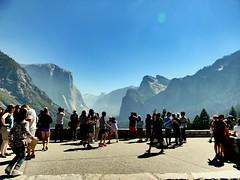 wildfire can't stop us (Sammmm_709) Tags: california nikon tourists yosemite smokey yosemitevalley wildfire photospot