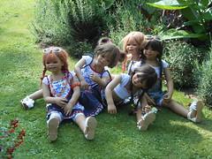 Kindergartenkinder (Kindergartenkinder) Tags: dolls schloss annette kindra wasserburg tivi milina anholt setina himstedt schlossanholt kindergartenkinder sanrike