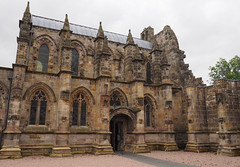 Rosslyn Chapel (M@rkec) Tags: church scotland edinburgh rosslyn kerk kirk schotland ecosse rosslynchapel 1446 060914