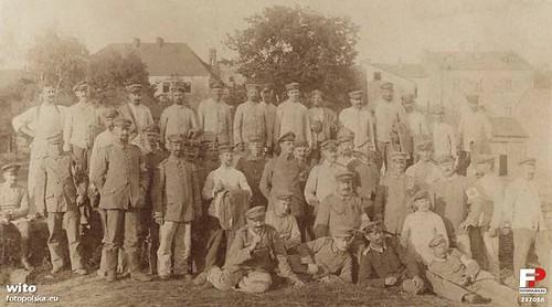 pododdział wojsk niemieckich stacjonujących w Szydłowcu, 1915-1918r. (fotopolska.eu)