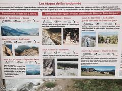 rues et panneaux historiques de Castellane (Camping International) Tags: france provence castellane alpesdehauteprovence ruelles