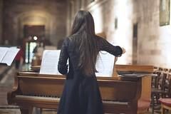 Piano (sonia.sanre) Tags: canon bokeh back cathedral delicate beautiful girl woman coro choir church musica music piano