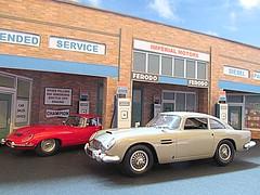 1/43 scale garage / showroom diorama (kingsway john) Tags: 143 scale ogauge model garage car showroom diorama dealer shell regent petrol station miniature