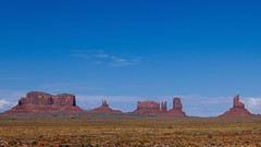 Monument Valley (DIAM89) Tags: leicadluxtyp109 leica travelphotography travel americana monumentvalley vsco vscofilm
