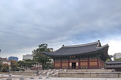 Junghwajeon in the Deoksu Palace (Johnnie Shene Photography(Thanks, 1Million+ Views)) Tags: junghwajeon deoksu deoksugungpalace palace joonghwajeon oldstyle oldfashioned korea korean architecture building builtstructure exterior lowangle eaves roof seoul travel destination attraction landmark local trip tourism sightseeing hdr neutraldensity asia asian east photography horizontal outdoor colourimage fragility freshness nopeople foregroundfocus selectivefocus tranquility holiday imperial royal canon eos600d rebelt3i kissx5 sigma 1770mm f284 dc macro lens
