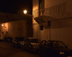 I Lampioni  - Gallipoli (Peder Sterll) Tags: italia italiy puglia gallipoli nikon d7100 street lights lamponi centro storico lampione nikkor 24mm f14