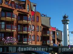 IMG_8863 Egmond / Niederlande (Traud) Tags: holland nordholland niederlande egmond egmondaanzee uferstrase hotel leuchtturm vuurtoren lighthouse vanspeijk