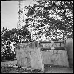 . (robert schneider (rolopix)) Tags: boston ma massachusetts mass rolopix robertschneider film monochrome blackandwhite bw kodak tmax tmax400 tmy2 mediumformat 120 120620 diana snappy clone toycamera plasticcamera square 4x4 blur urbanlandscape roadwork construction tower believeinfilm bwfp autaut