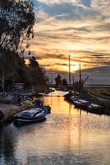20161124_MG_6866-Por de Silla. (vipuchol) Tags: amanecer puerto silla albufera valencia nubes agua reflejos barcas paisajes