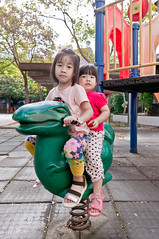 20161120-DSC03953 (violin6918) Tags: sony nex nex6 sonynex6 violin6918 taiwan hsinchu sigma sigma19mmf28dn cute lovely baby girl family portrait kid daughter littlebaby angel children child pretty princess shiuan vina