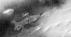 ESP_025372_2000 (UAHiRISE) Tags: mars nasa jpl mro universityofarizona ua uofa landscape geology science