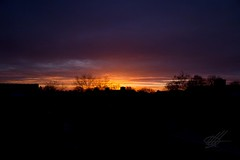 Getting up. (Karl Horsman) Tags: sunrise holland sunlight holiday christmas early rooftops atmospheric atmosphere warmth