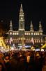 Weihnachtsmarkt (Wolfgang Binder) Tags: wien vienna rathaus weihnachtsmarkt christkindlmarkt christmasmarket cityhall nikon d7000 zeiss distagon distagont2825