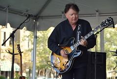 Kim Simmonds (JJS Photo) Tags: music sc october guitar southcarolina blues kiawahisland johnsisland gibsones335 kimsimmonds tvss jjsph freshfieldsvillagegreen americanmusiccelebration jjsphtvss