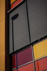 Street Lamp Shadow ({ybonyz}) Tags: haus architektur schatten