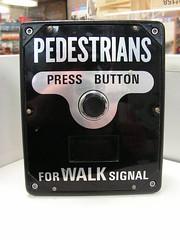 1980s Aldridge pedestrian button (RS 1990) Tags: light pedestrian wires button 1980s aldridge unused opened transducer mintcondition