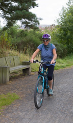 Cyclist (wwshack) Tags: panorama scotland cyclist lochleven llht