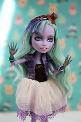 IMG_6839 (NikiBs) Tags: blue monster high wolf doll frankie honey swamp laguna seamonster mh stein twyla lagoona howleen createamonster monsterhigh