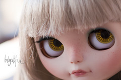More Bonnie spam (_babycatface_) Tags: cute toy photography doll ooak kawaii blonde blythe blondie custom takara blythedoll dollphotography customblythe customdoll dollcustom blythecustom babycatfacedollies babycatface