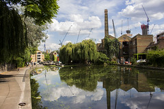 City Road Lock, Regent's Canal, N1 (Tetramesh) Tags: uk greatbritain england london unitedkingdom britain regentscanal londres gb londra londen londinium lontoo llondon londone londyn llundain londn  londain londono tetramesh londrez  loundres londr lndra