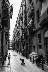 La cour (Reloopstudio) Tags: barcelone