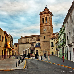 Calle Iglesia (josehico) Tags: street espaa valencia calle iglesia asuncion es torrent goldenart canoneos1000d josehico