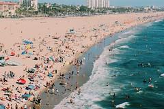 IMG_4597 (mmadison.schmidt) Tags: california beach santa monica ferris wheel crowd sun sand water ocean sea birds eye view