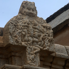 Shiva and Parvati (VinayakH) Tags: bhoganandeeshwaratemple karnataka india temple nandihills chikkaballapura chola ganga hoysala tipusultan religious historic