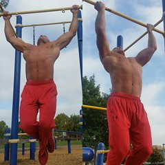 Pullups (ddman_70) Tags: shirtless sweatpants pecs abs workout pullups muscle outdoor