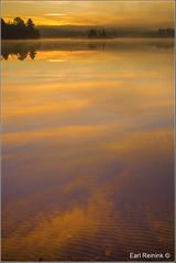 Sunrise on Mew Lake (Earl Reinink) Tags: park provincialpark earl reinink earlreinink naturephotography nikon nikond5 landscape waterscape lake morning sunrise water mewlake algonquin algonquinprovincialpark dtddzdaara