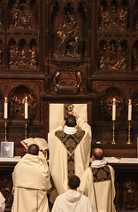 The Chalice of Salvation (Lawrence OP) Tags: eucharist holy mass elevation chalice dominicanrite dominicanhouseofstudies dominicans washingtondc