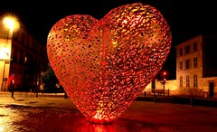 All You Need Is Love (Eye of Brice Retailleau) Tags: icon effigy figure statue beauty colourful colours composition scenery scenic urban street streetphotography sculpture extrieur monument architecture night lowlight lights europe france troyes heart coeur red rouge