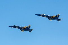 U.S. Navy Blue Angels (Kenny C Photography) Tags: chicago plane jet lakemichigan blueangels usnavy 2014 fa18hornet airandwatershow kennycphotography