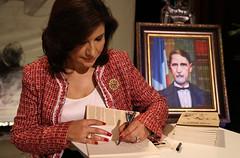 """La Vicepresidenta Cedeño de Fernández se declaró admiradora del Padre de la Patria como figura política. • <a style=""""font-size:0.8em;"""" href=""""http://www.flickr.com/photos/91359360@N06/14792257191/"""" target=""""_blank"""">View on Flickr</a>"""