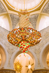 Sheikh Zayed Grand Mosque (soujo) Tags: travel architecture uae middleeast mosque chandelier abudhabi unitedarabemirates sheikhzayedgrandmosque vscofilm