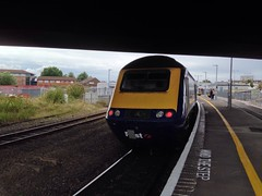 43130 (ash.ash749) Tags: pink blue light white color reflection yellow train track br diesel loco britishrail firstgreatwestern mtu hst livery brel highspeedtrain class43 intercity125 fgw 43130 43124 powercar brushtraction 2z09
