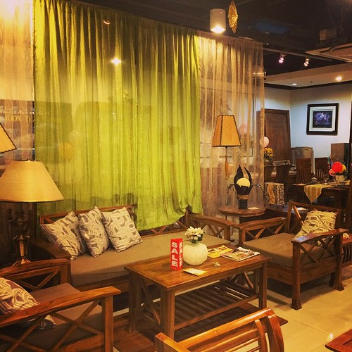 Linden Teak North EDSA interior zone branch showroom :) #teak #teakwood #furniture #sale