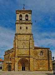 Colegiata de San Miguel (Aguilar de Campoo, Palencia) (J.A.G. Gallego) Tags: sony sanmiguel palencia colegiata aguilardecampoo a99 darktable tamron2470usd