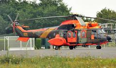AS-532AL Cougar (Andreu Anguera) Tags: españa galicia galiza santiagodecompostela ume cougar eurocopter andreuanguera unidadmilitardeemergencias as532al aeropuertolavacolla hu2703et670