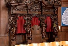 Poperinge, West-Vlaanderen, Sint-Bertinuskerk, confessional (groenling) Tags: wood saint angel belgium dove belgi sint carving peter westvlaanderen be cherub engel tear confessional petrus poperinge hout woodcarving flanders putto duif heilige biechtstoel traan houtsnijwerk sintbertinuskerk snijwerk