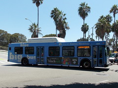 Santa Monica Big Blue (paulkimo90) Tags: santamonica bigblue newflyer c40lf