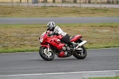 IMG_5950 (Holtsun napsut) Tags: storm ex sport honda finland fire drive track bikes sigma os days apo moto motorcycle finnish 70200 f28 dg rata kes motorrad traing piv trackdays motorbikers eos7d ajoharjoittelu moottoripyoraorg