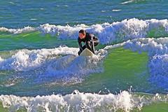 Grnt vatten 6 (Quo Vadis2010) Tags: sea beach sport strand se surf sweden lifestyle surfing sverige activity westcoast halmstad sandhamn hav aktivitet halland vgor brda vstkusten vg kattegatt seasport thewestcoast livsstil wavesurf wavesurfing fritidsaktivitet laholmsbukten vgsurfing vgsurf cityofsurfers surfbrda grvik municipalityofhalmstad halmstadkommun havssport